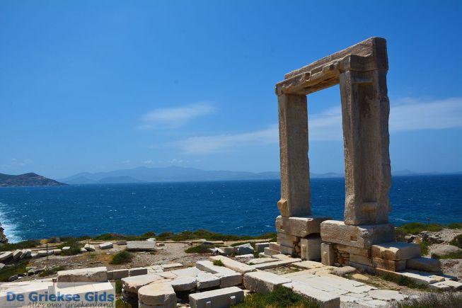 Portara Naxos stad